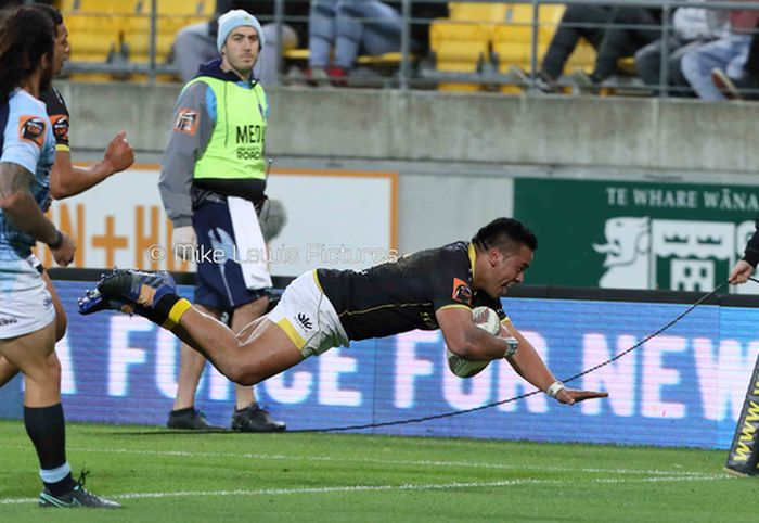 Wellington Lions pull clear of Taniwha in second half surge