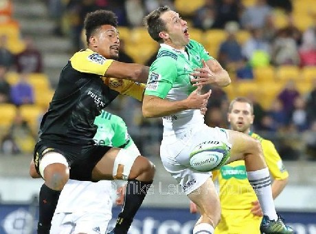 Aisle be back: Highlanders wrap, England losing and the bye
